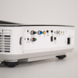 I3-TECHNOLOGIES i3Proyector Proyector 3300 lumenes 3303Wi PLUS